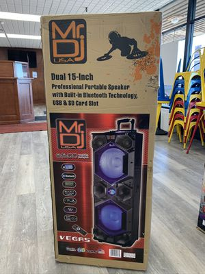 """MR DJ karaoke dual 15"""" very strong professional Compatible Bluetooth usb aux fm radio for Sale in Chicago, IL"""