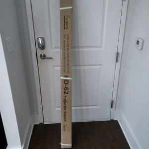 """Fugent 3D HD-62 Projector Screen 72"""" for Sale in Orlando, FL"""