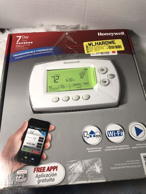 7 Day Programable Thermostat for Sale in Commerce, CA