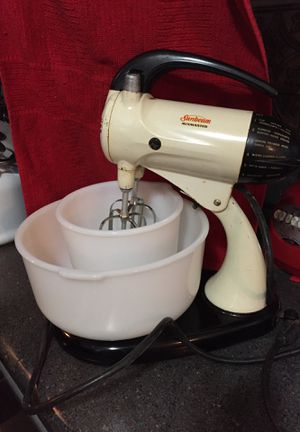 Sunbeam mixmaster antique for Sale in Champlin, MN