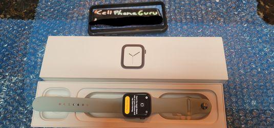 Apple Watch Series 4 44mm Cellular LTE Unlocked for Sale in Phoenix,  AZ
