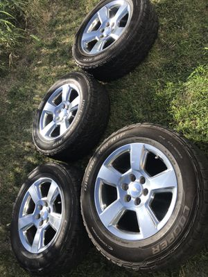 GM Silverado rims with tires for Sale in San Angelo, TX