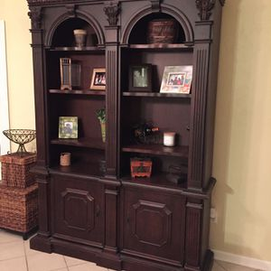 Hutch for Sale in Aurora, OH