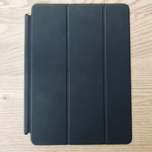 iPad 9.7 Inch Smart Cover for Sale in Chino Hills, CA