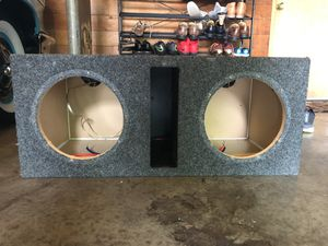 """10"""" inch subwoofer box for Sale in Seattle, WA"""