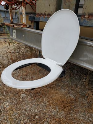 Trailer hitch toilet seat for Sale in Montclair, CA