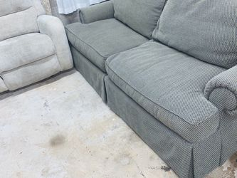 Loveseat And Electric Recliner for Sale in Arlington,  TX
