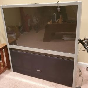 Toshiba 55 Inch Projection TV for Sale in Monroe Township, NJ