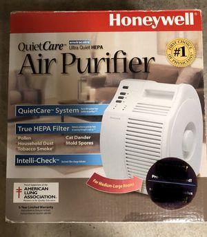 Honeywell QuietCare Ultra Quiet HEPA Air Purifier Model 17000 for Sale in Rancho Santa Margarita, CA