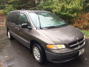 1998 Dodge Grand Caravan 100k for Sale in Middletown, CT