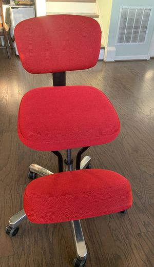 Ergonomic kneeling chair with memory foam- rarely used - excellent condition for Sale in Ashburn, VA