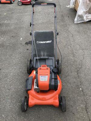 Husqvarna 725exi self-propelled lawnmower for Sale in Auburn, WA