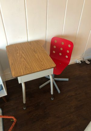 Kids desk and chair for Sale in Huntington Beach, CA