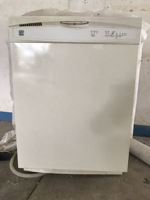 """24"""" Kenmore DISHWASHER for Sale in Strongsville, OH"""