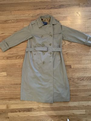 Vintage BURBERRY Nova Plaid Tan Rain Trench Coat w/Liner Women's Size 8 X-Long for Sale in Portland, OR