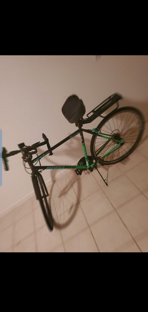 Road bike good condition for Sale in Kissimmee, FL