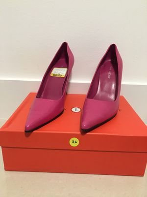 Nine West pointed toe hot pink heels for Sale in Miami, FL
