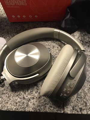 MPow wireless headphones for Sale in Tucson, AZ