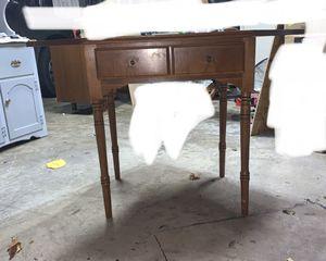 "Antique Thomasville Furniture Industries ""TFI"" Corner Desk for Sale in Martinsburg, WV"