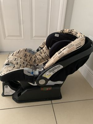 Car seat for Sale in Orlando, FL