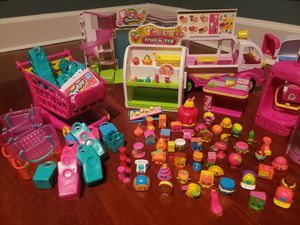 (63) Shopkins Lot with Random selections from various Seasons for Sale in Kissimmee, FL