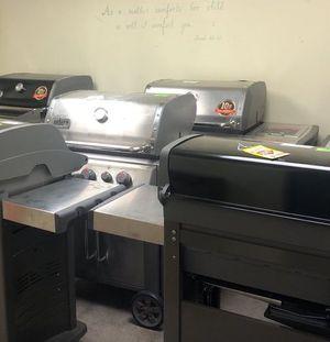 BBQ Grill Liquidation I2 TW for Sale in San Antonio, TX