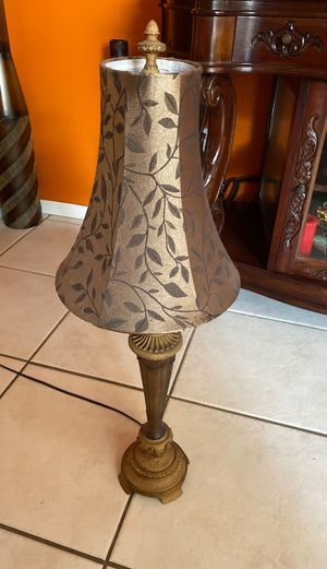 Antique lamp for sale works perfectly for Sale in Pembroke Pines, FL