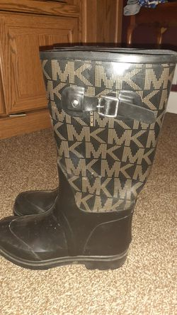 Michael Kors rain boots for Sale in East Peoria,  IL