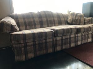 Broyhill Sofa - tan & maroon/green plaid with wood accent for Sale in Peoria, IL