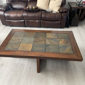 Coffee Table for Sale in Wesley Chapel, FL