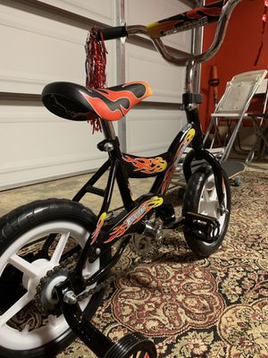 Bicycle for kids age 3 to 7 years old for Sale in San Fernando, CA