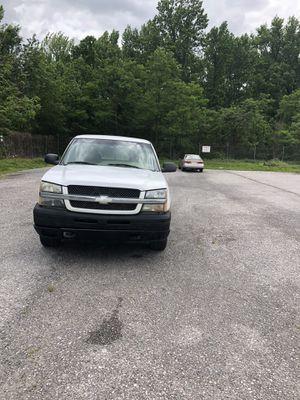 2004 Chevy Silverado 4X4 for Sale in Baltimore, MD