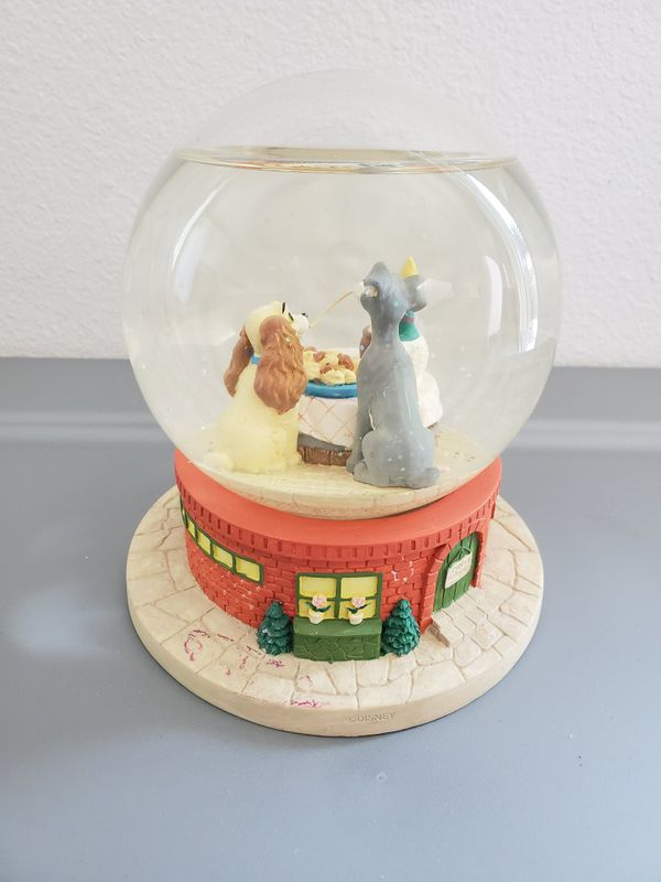 Disney musical snowglobe Lady & The Tramp snow water globe Collectible