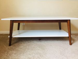 New Two Tier Coffee Table for Sale in Fresno, CA