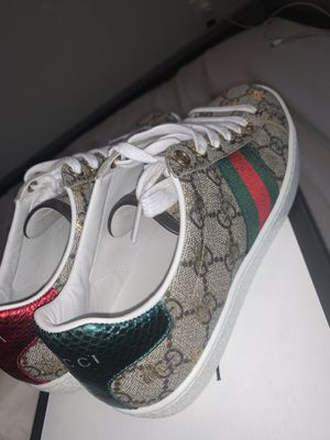 Womens Gucci shoes for Sale in Fairfield, CA