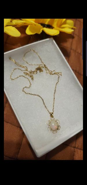 14kt yellow Gold chain with pendant Opal 😍 100% Authentic for Sale in Miami, FL