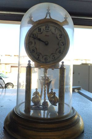 Antique clock for Sale in Palmdale, CA
