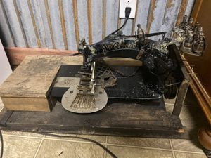 Vintage machine for Sale in Rocky Mount, VA