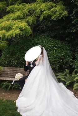 Beautiful Custom Wedding Gown/Dress for Sale in Kent,  WA