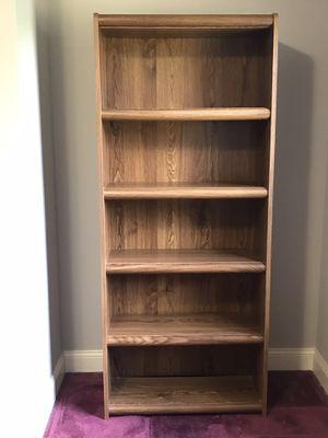 6' Tall Bookcase for Sale in Glastonbury, CT