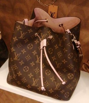 Louis Vuitton neonon for Sale in Miami, FL