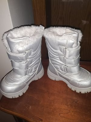 Children's Place girls winter boots for Sale in Akron, OH