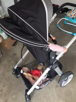 Baby trend go lite snap fit sprout stroller set for Sale in Auburn, WA
