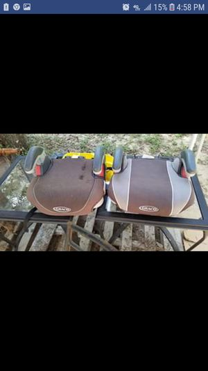 2 booster seats for Sale in New Caney, TX