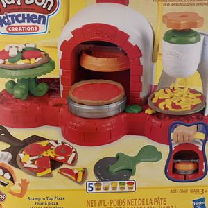 Play Doh Kitchen for Sale in Franconia, VA