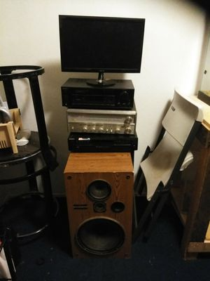 Audio/video control; 5 disk exchange; DC Amplifier; speakers; monitor for Sale in Richmond, CA