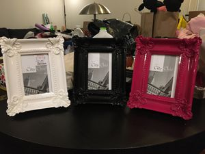 Photo frames 4x6 black, white, pink for Sale in Dallas, TX