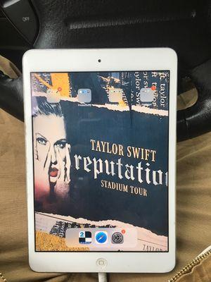 iPad for Sale in Glen Ellyn, IL