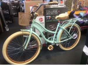 """Huffy Ladies 26"""" Women's Nel Lusso Cruiser Bike with perfect fit Walmart 148.99 for Sale in Forest Park, GA"""