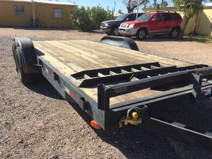 18ft tandem axle car hauler trailer for Sale in Mesa, AZ